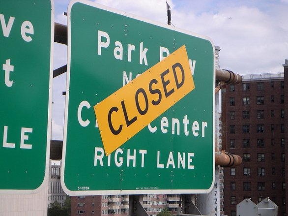 closedsignhighway